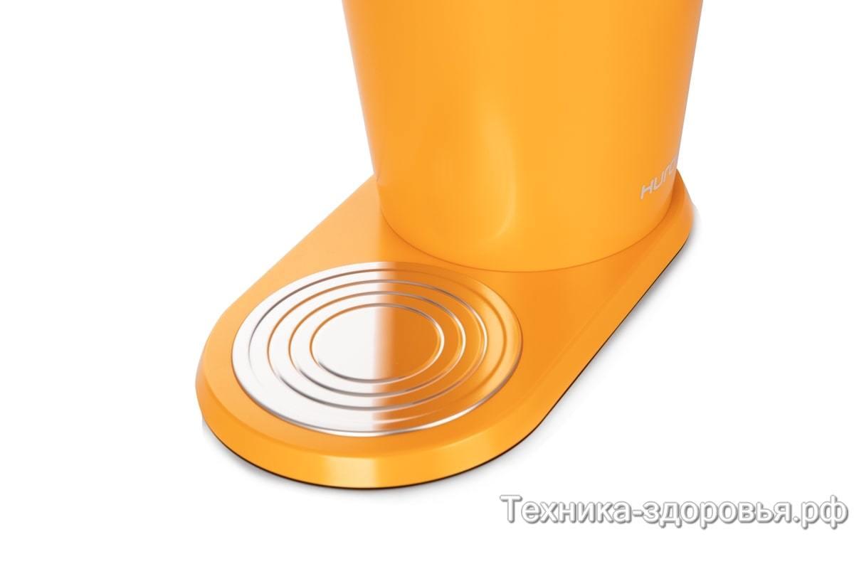 Удобная подставка под стакан для сока